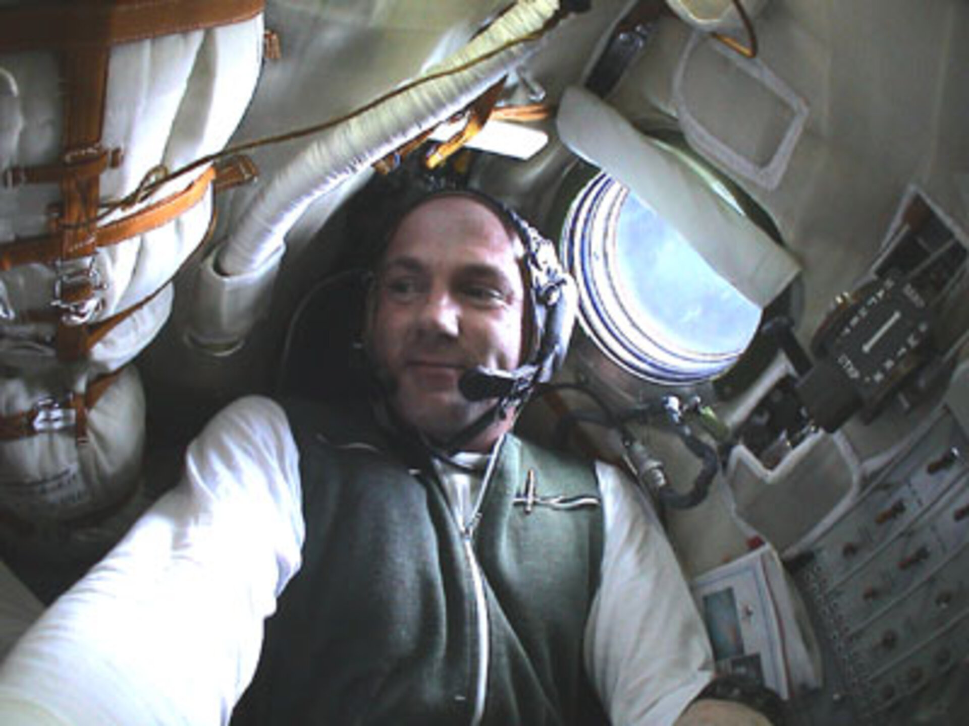 André in the Soyuz capsule in 2004