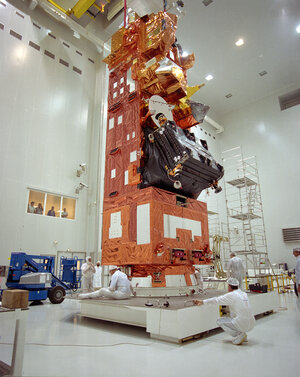 The Envisat satellite in the S5 building