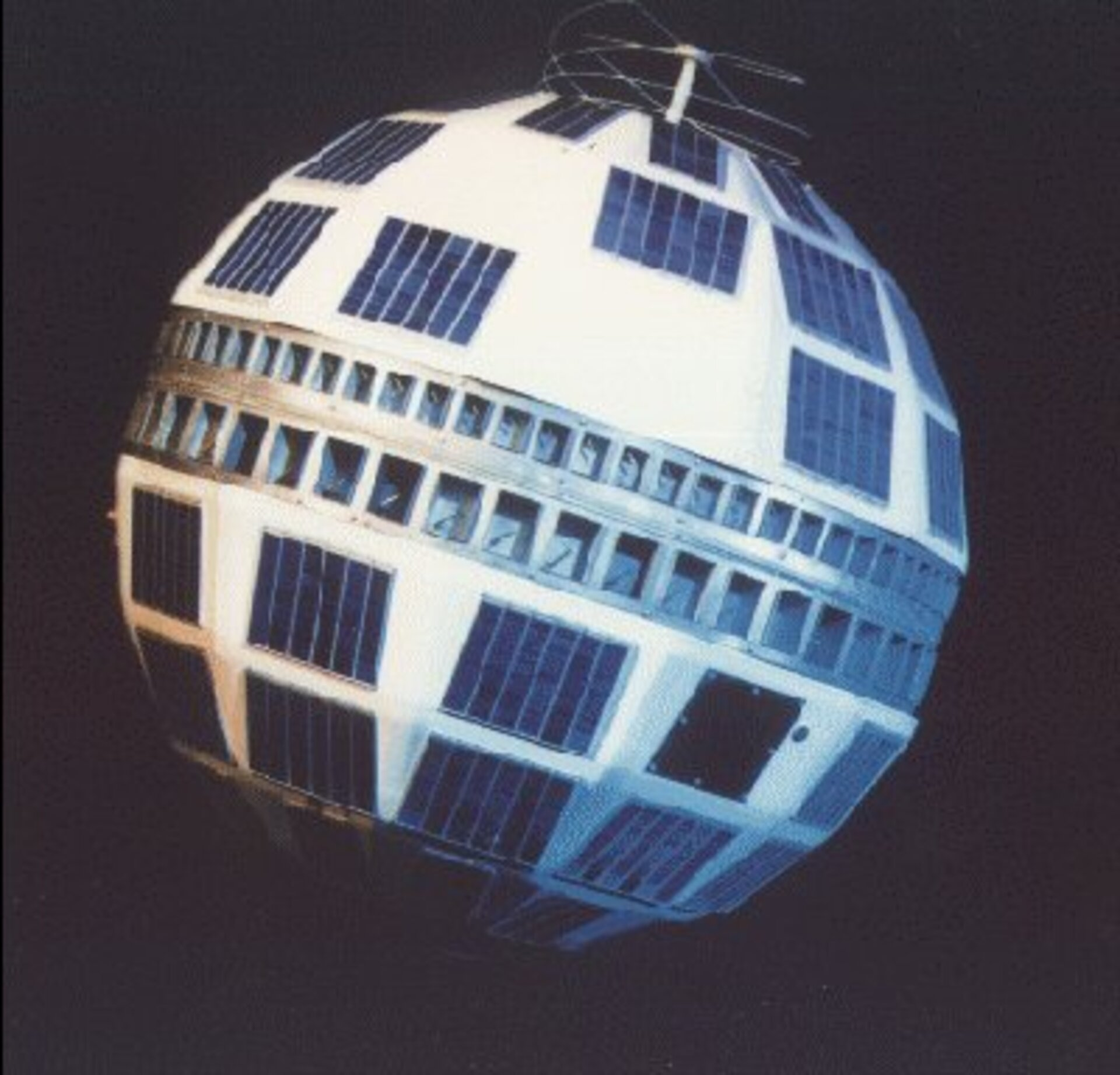 Telstar 1: an early radiation casualty