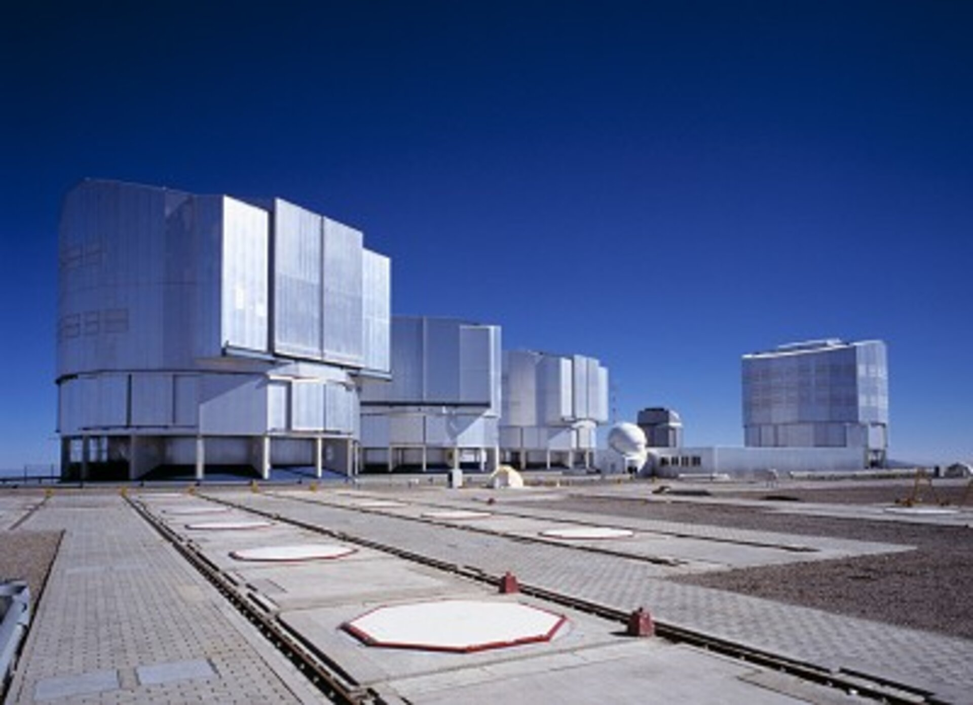 The Very Large Telescope (VLT) at Cerro Paranal, Chile