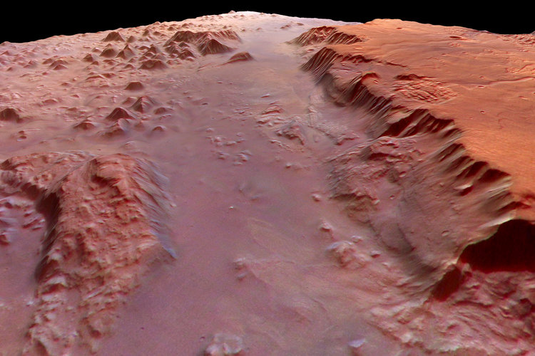 Close-up of the southern part of Valles Marineris