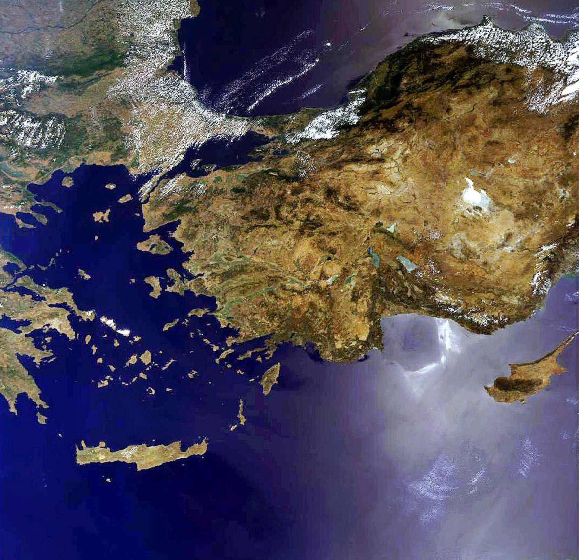 East Mediterranean as seen by Envisat