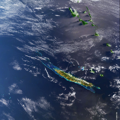 France, NewCaledonia - MERIS - 12 September 2003