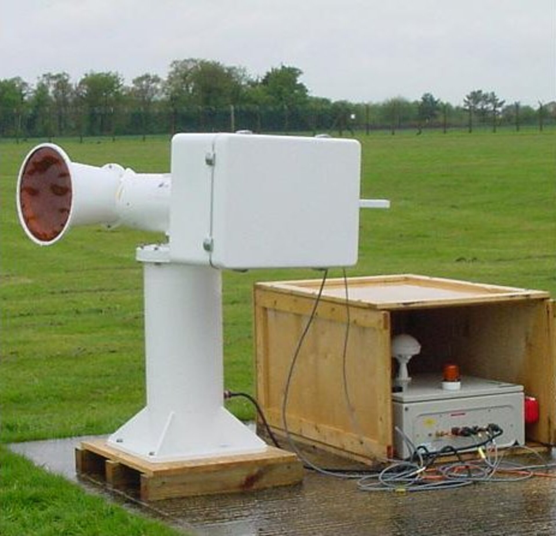 Prototype of an ASCAT transponder