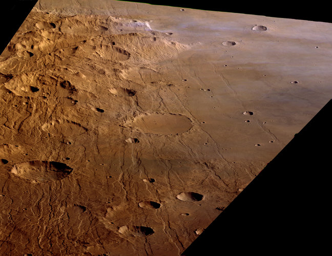 Claritas Fossae and Solis Planum, looking north