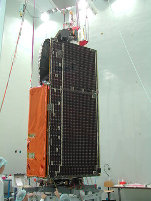 CryoSat  undergoing 'fit-check' tests