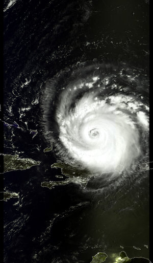 MERIS image of Frances passing near Haiti