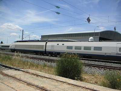 Trains could offer a high speed Internet connection