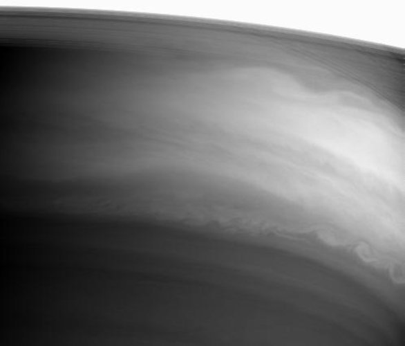 Swirls of clouds on Saturn