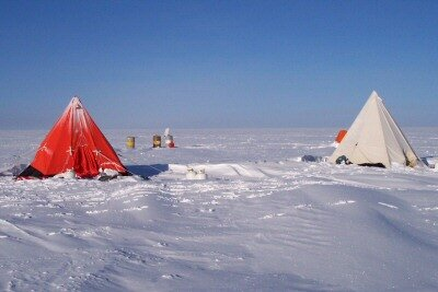 Typical living quarters for the scientists on the ice sheet
