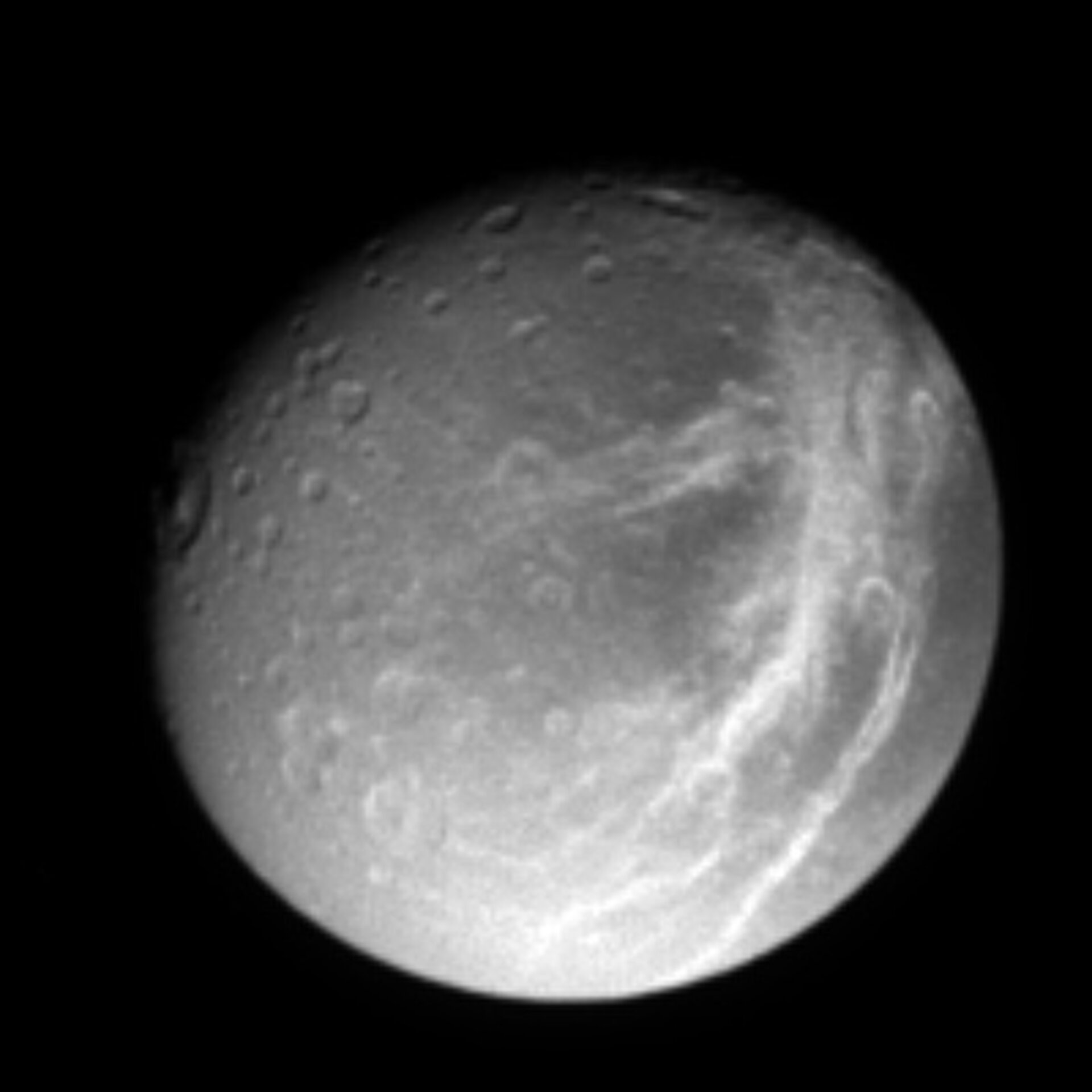 Dione's criss-crossing streaks