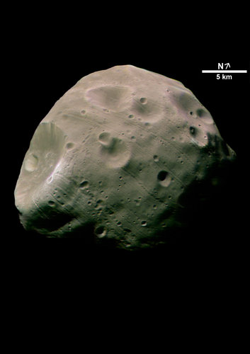 Phobos in colour, close-up