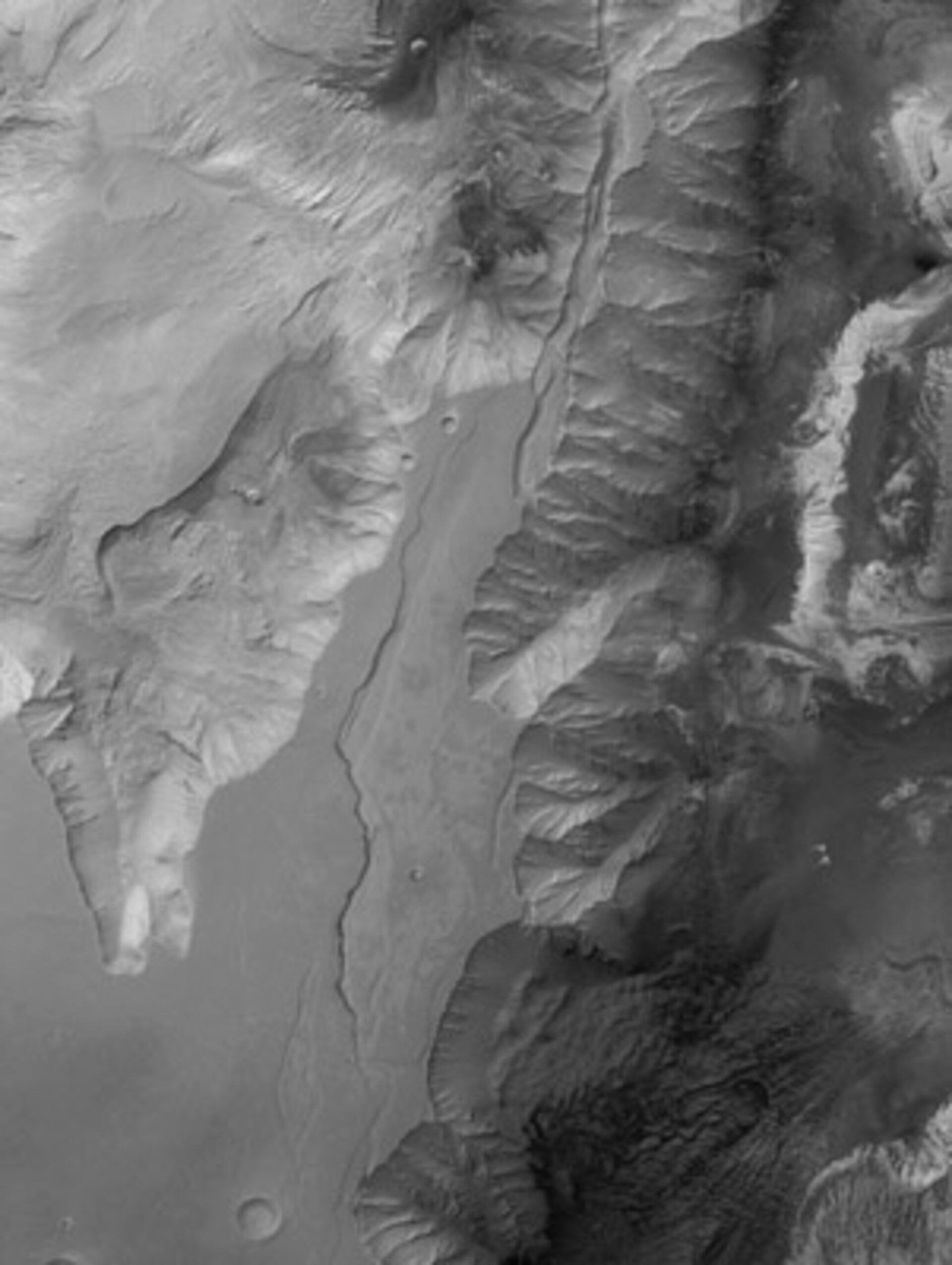 Candor Chasma in black and white