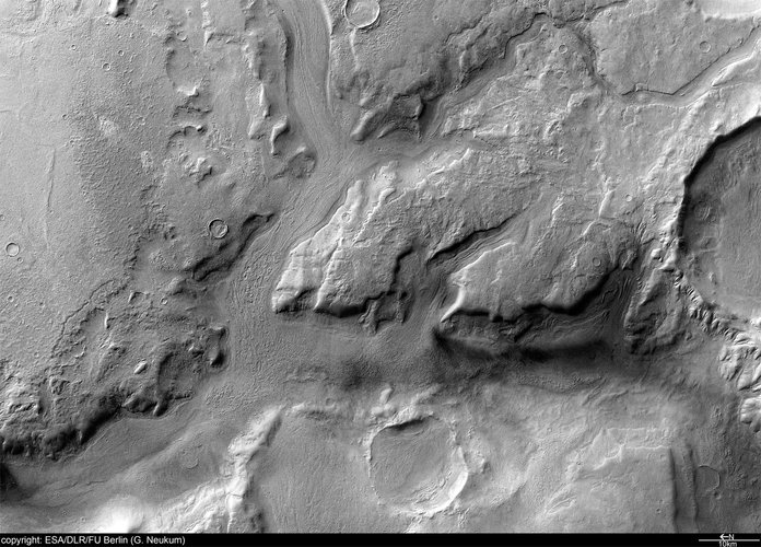 Reull Vallis detail 1