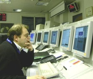 Concentrating in Huygens's Dedicated Control Room