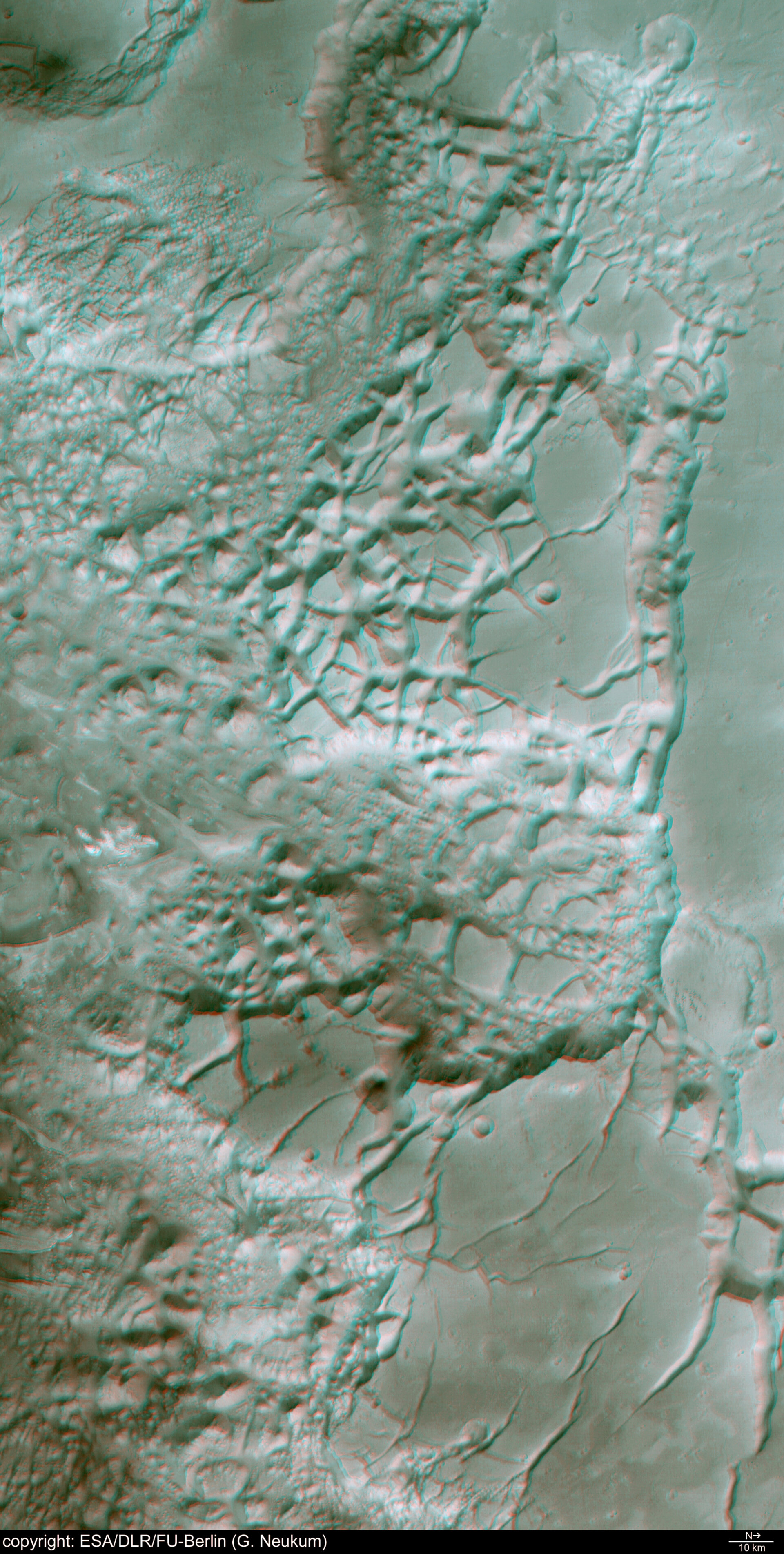 3D anaglyph view of Aureum Chaos