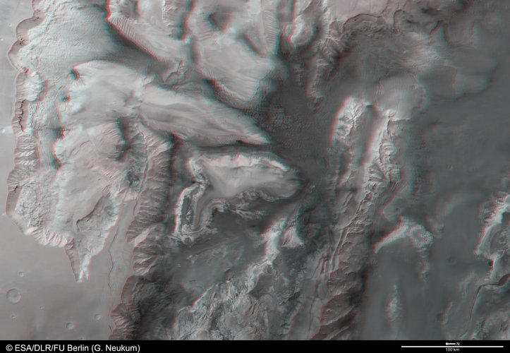 Melas, Candor and Ophir Chasmas in 3D