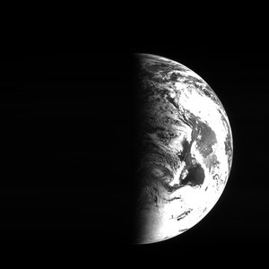 Earth from Rosetta 13:08 UTC 5 March 2005