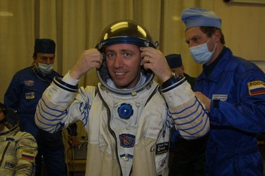 Roberto Vittori prepares for a final pressure test of his Sokol suit