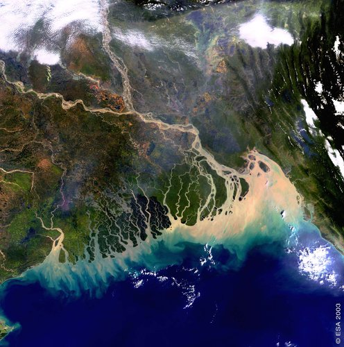 The Bangladesh coastline seen by Envisat