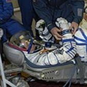 A final test of Roberto Vittori's spacesuit