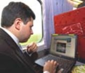 Internet via satellite on board trains