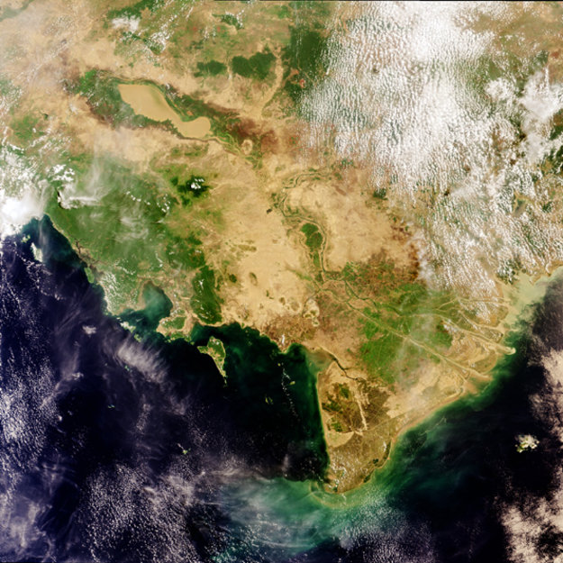 Earth From Space: Mekong Delta, Vietnam / Observing The