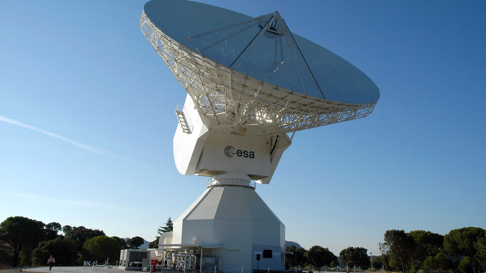 Cebreros deep space antenna