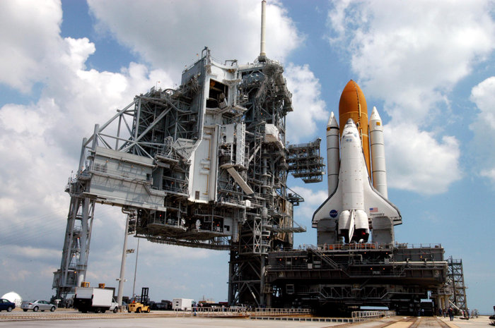 space shuttle discovery launch 2005 -#main