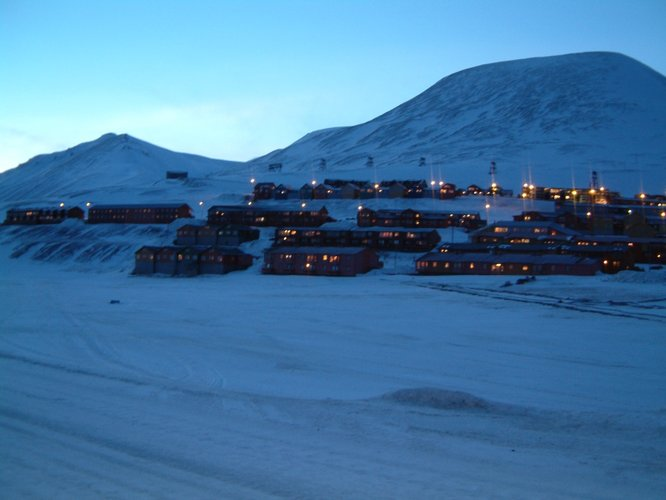 The town of Longyearbyen, home of the Svalsat ground station