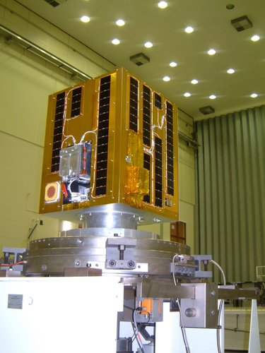 Fully integrated satellite in the test centre