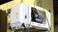 Venus Express arrives at the MIK 112 hangar facilities