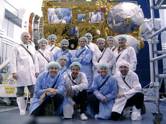 CryoSat team in the clean room