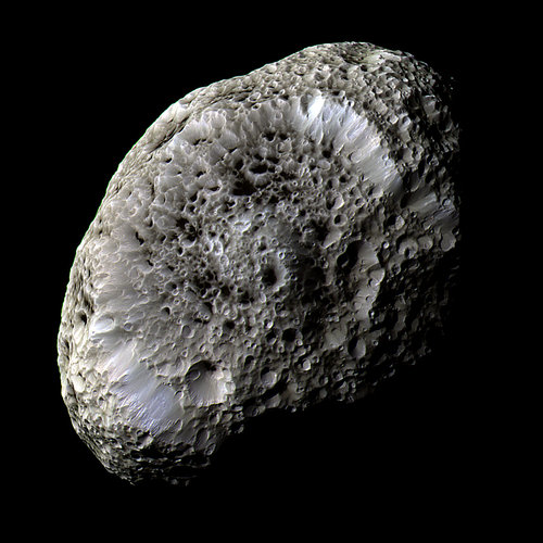 The odd surface of Hyperion