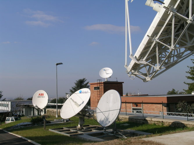 Uplink stations at ESRIN