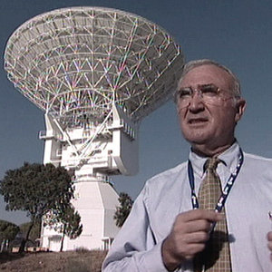 V. Claros-Guerra at ESTRACK Cebreros station in 2005