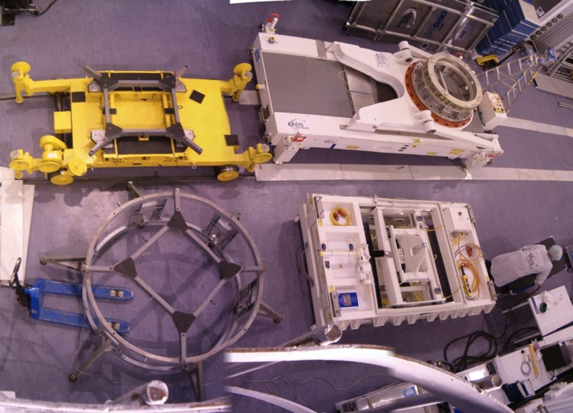 Ground support equipment used for CryoSat