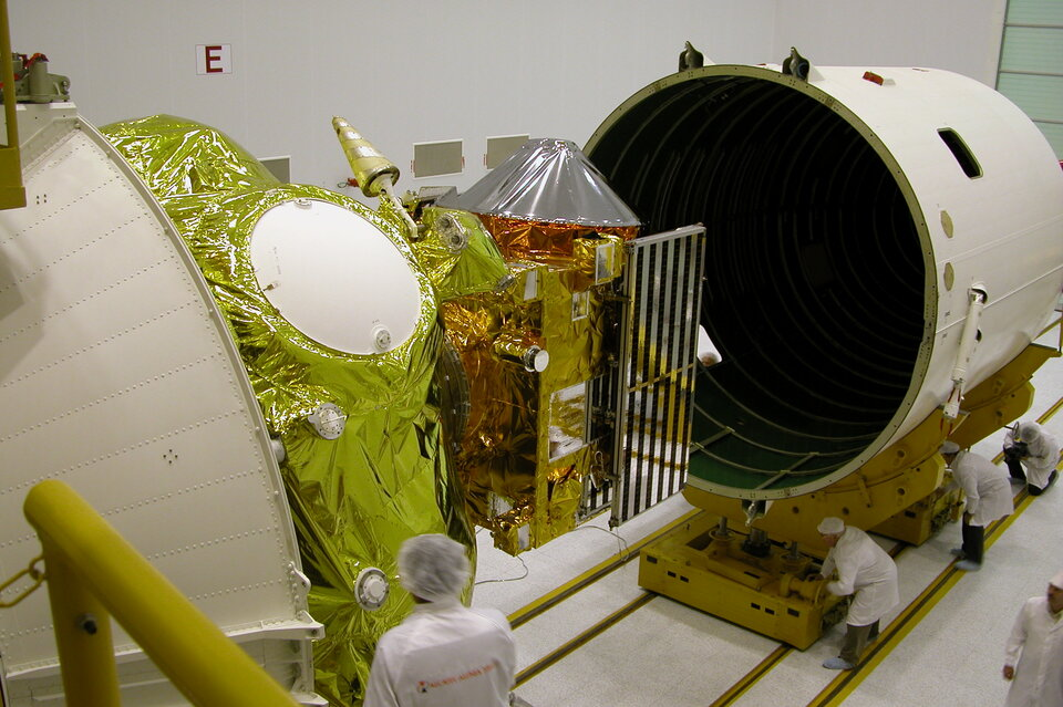 Installation of the fairing over the spacecraft and Fregat