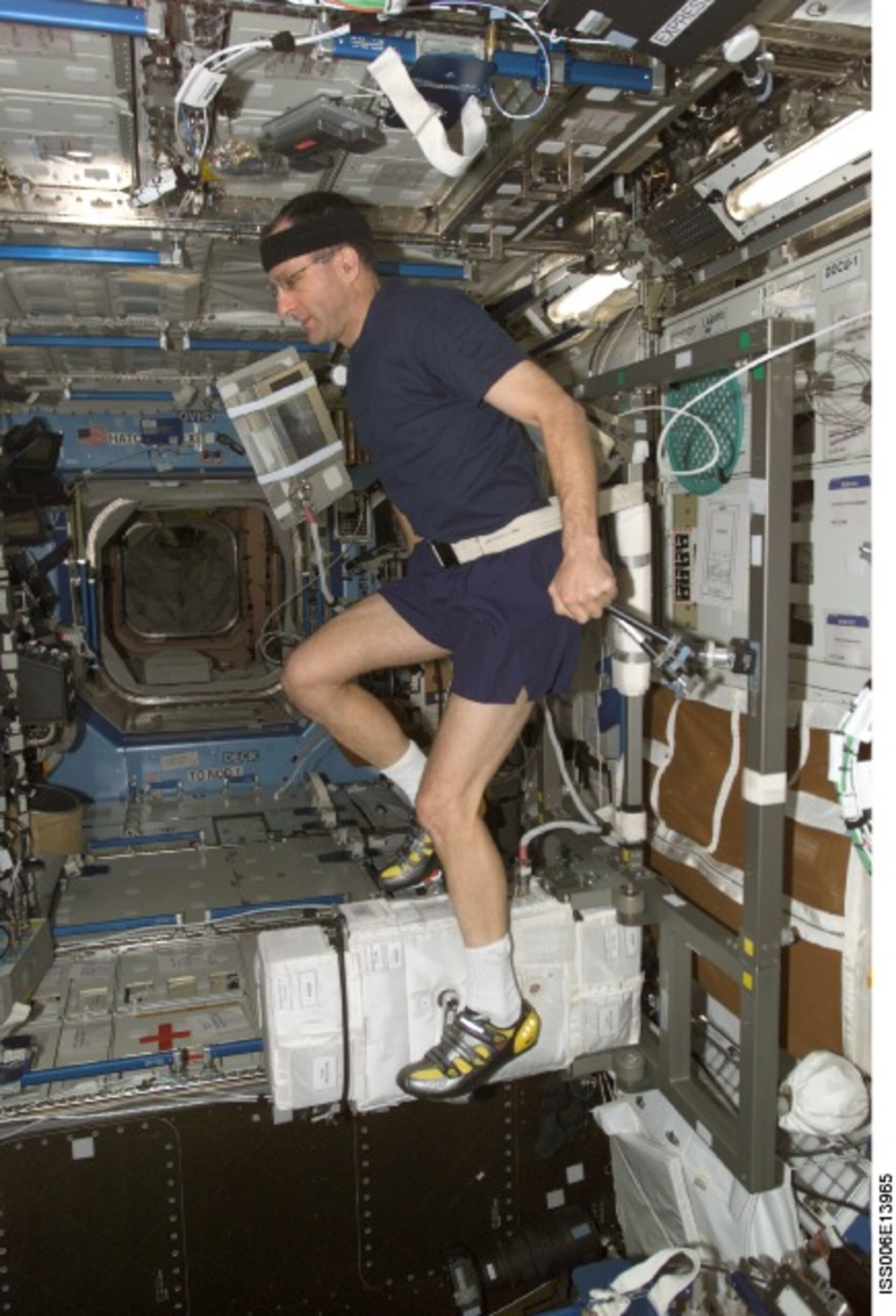 Using the exercise bike to counteract physiological effects of spaceflight