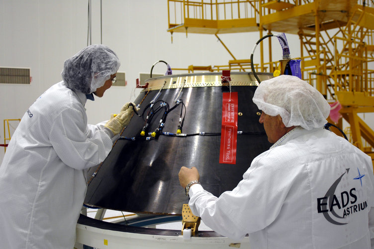 Preparing the adapter between Soyuz and Giove-A