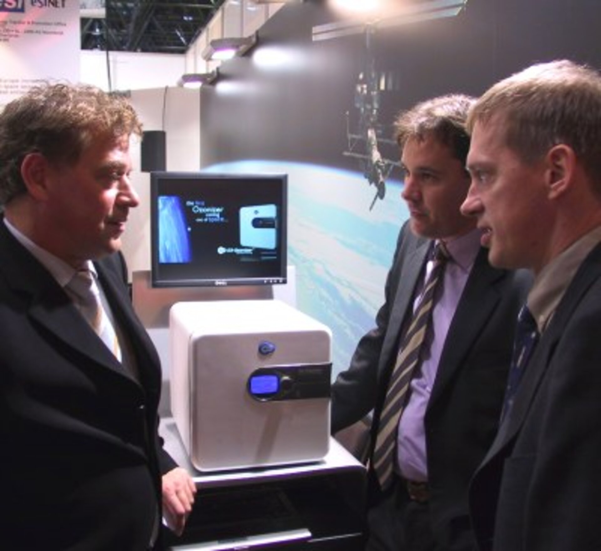 The O3-Ozonizer is presented at Medica 2005