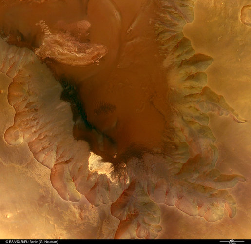 Colour view of Juventae Chasma