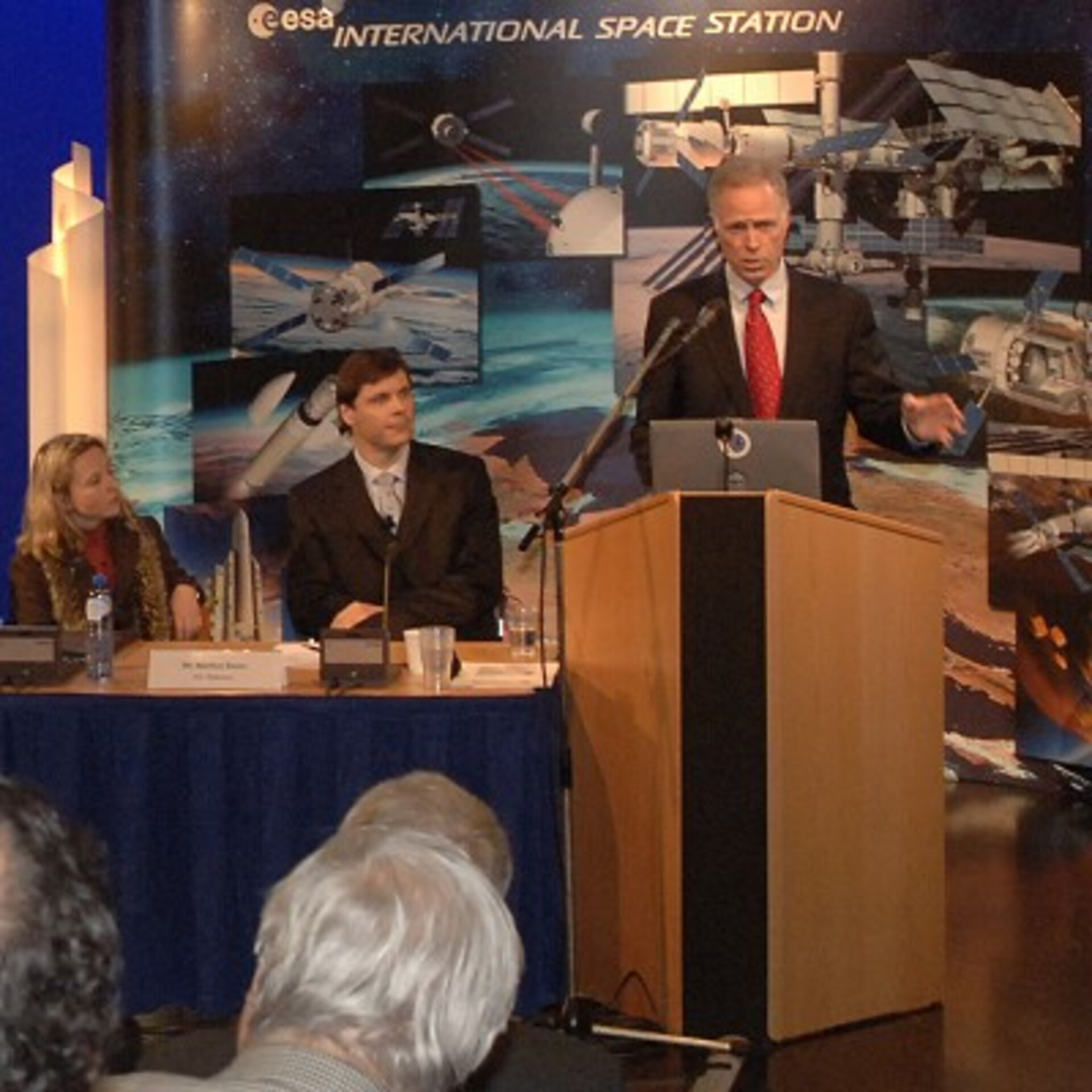 Dr Olsen was a keynote speaker at the ISS Business Club's Network Meeting