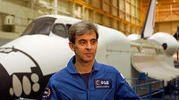 Léopold Eyharts training
