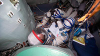 Thomas Reiter during a training session inside the Soyuz TMA sim