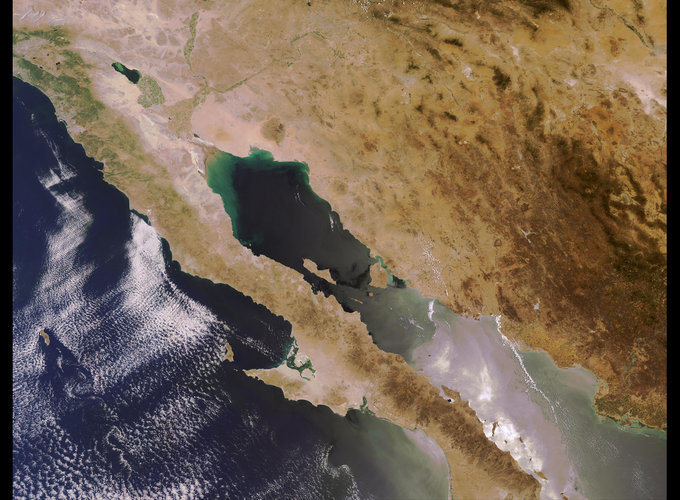 Envisat image of Baja California peninsula