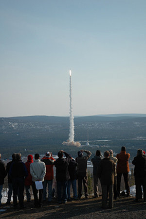 Maxus 7 launches into a clear sky