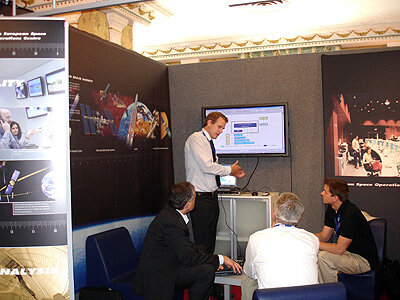 Briefing visitors at SpaceOps 2006