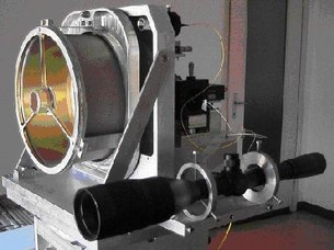 Terrestrial optical link with space technology from ESA's XMM-Ne