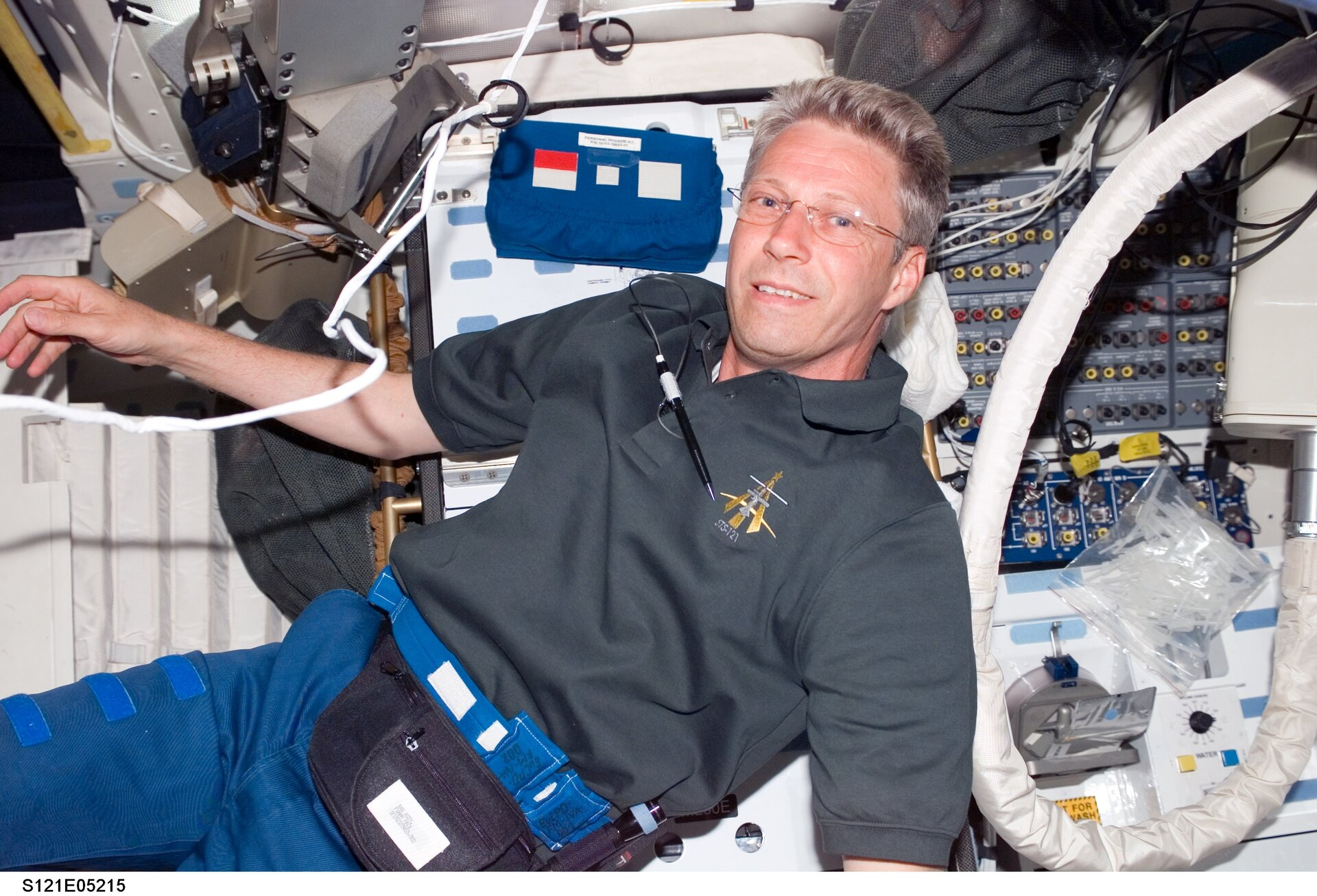 Reiter will answer questions during an ARISS radio contact on 20 November 2006
